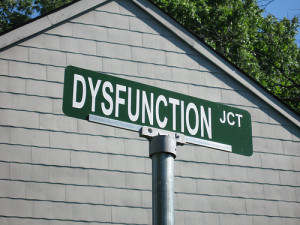 Signs of Dysfunctional Relationships vs Functional Ones